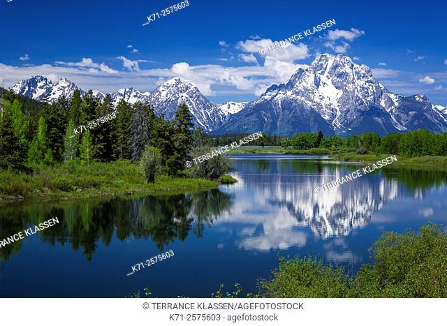 Mount Moran reflected in the Snake River in the Grand Teton National Park, Wyoming, USA