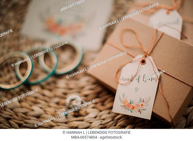 Alternative wedding, invitation, jewellery, present