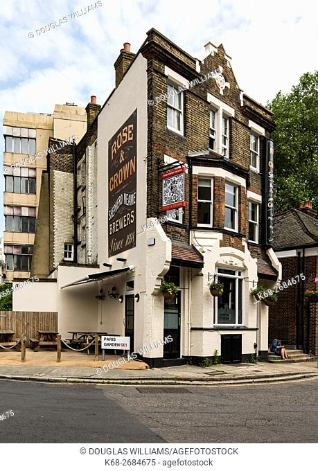 The Rose and Crown pub in south London, England, UK
