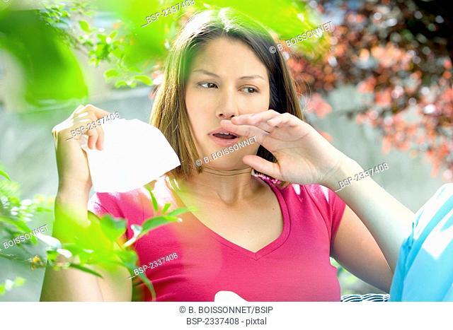 WOMAN WITH RHINITIS Model