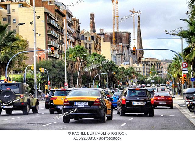 Meridiana Avenue, traffic at dusk, Barcelona, Catalonia