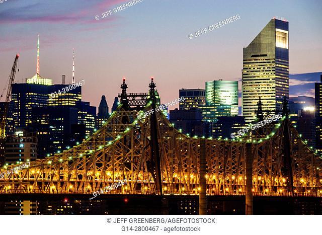 New York, New York City, NYC, Queens, Long Island City, view, Manhattan skyline, buildings, Ed Koch Queensboro Bridge, dusk, night