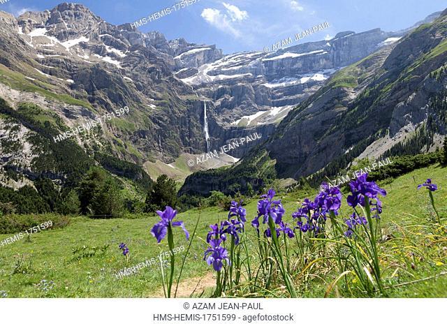 France, Hautes Pyrenees, Gavarnie, cirque de Gavarnie, listed as World Heritage by UNESCO