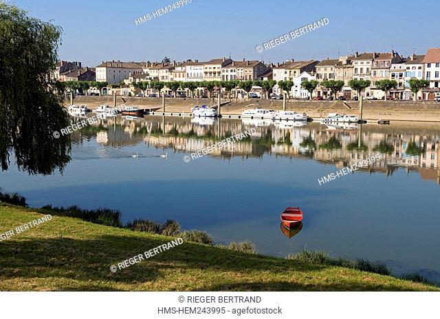 France, Saone et Loire, Tournus, the edges of the Saone
