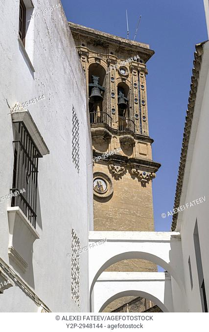 Basílica de Santa María de la Asunción in Arcos de la Frontera, one of small white towns of Andalusia, Spain