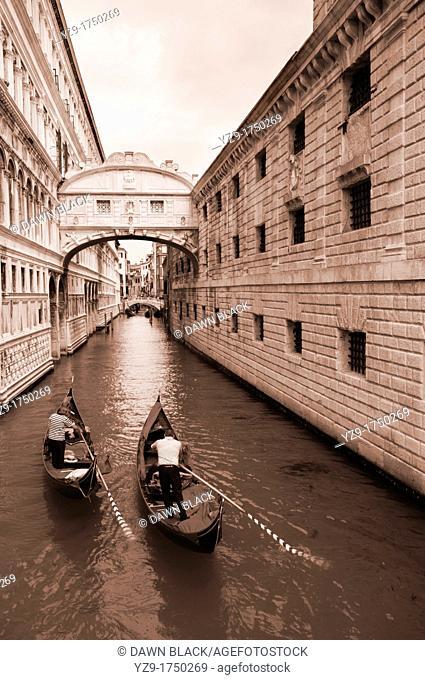 Two Gondola beneath the Bridge of Sighs, Venice