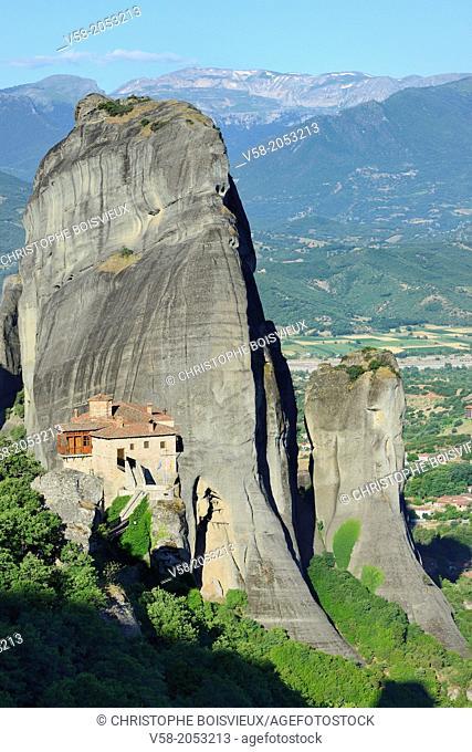 Greece, Thessaly, Meteora, World Heritage Site, Roussanou (Agia Barbara) nunnery