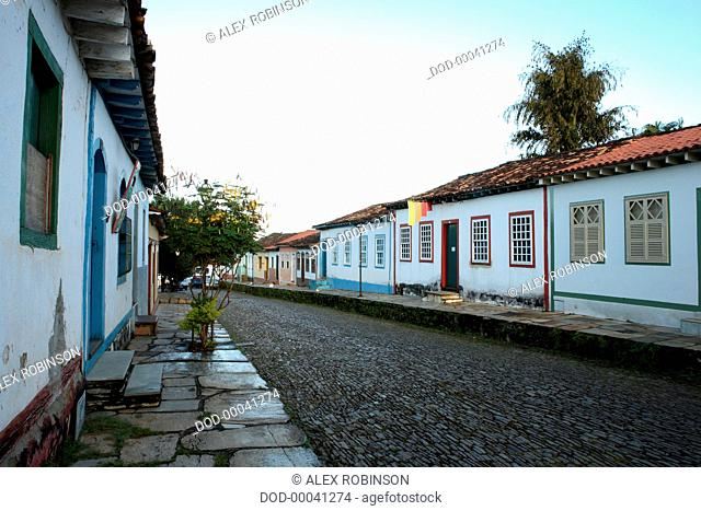 Brazil, Goias, Pirenopolis, cobbled street lined with colonial houses