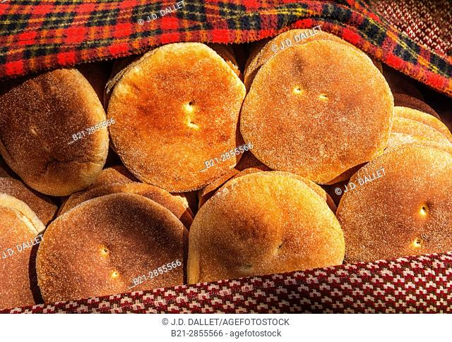 """Morocco, Food, """"Kesra"""" typical round bread"""