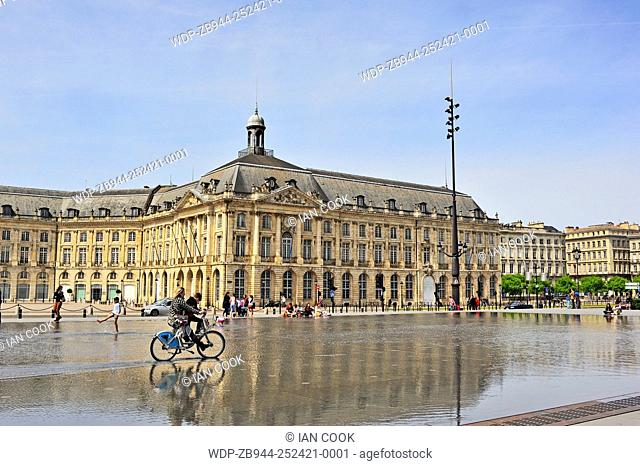 bicycle in the reflecting pool. Bordeaux, Gironde Department, Aquitaine, France