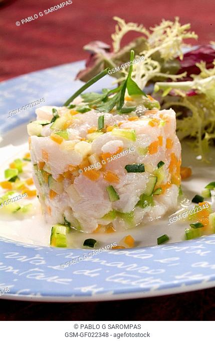 Hake tartar with vegetables