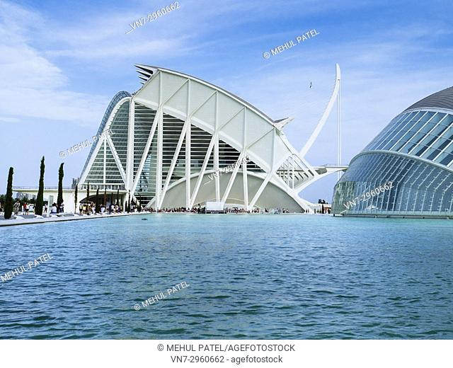 City of Arts and Science complex with Science Museum and Hemisferic (on right)< Valencia, Spain, Europe