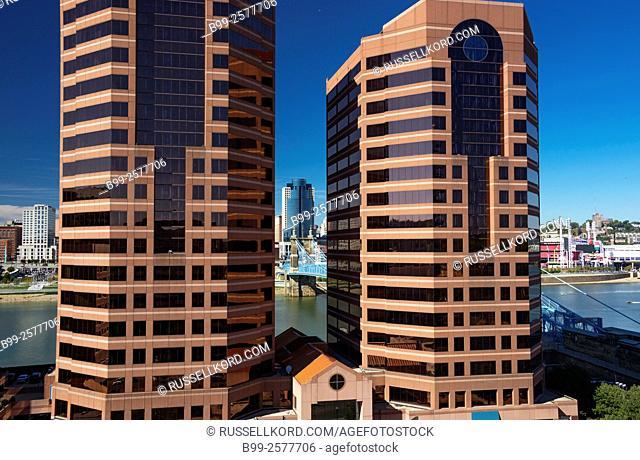 Tall Buildings Rivercenter Waterfront Ohio River Covington Kentucky Usa