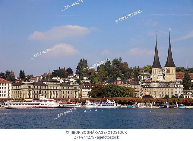 Switzerland, Lucerne, Luzern, lakeshore, boats, cathedral