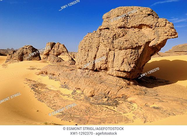 sandstone rock formation at Youf Ahakit, Tassili du Hoggar, Wilaya Tamanrasset, Sahara Desert, Algeria, North Africa