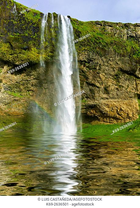 Seljalandsfoss is one of the most famous waterfalls of Iceland. It is very picturesque and therefore its photo can be found in many books and calendars