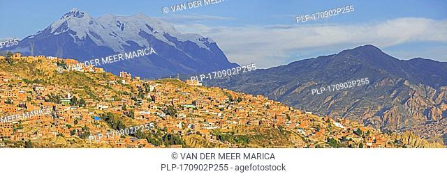 Mount Illimani, at 6.438 meter the highest mountain in the Cordillera Real, towering over the city La Paz, Bolivia