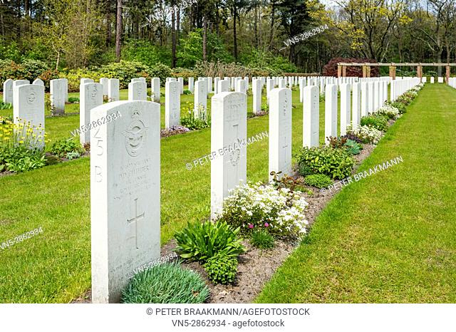 Bergen op Zoom - Netherlands - At this cemetery 1, 296 (mainly British) soldiers of the Second World War are buried
