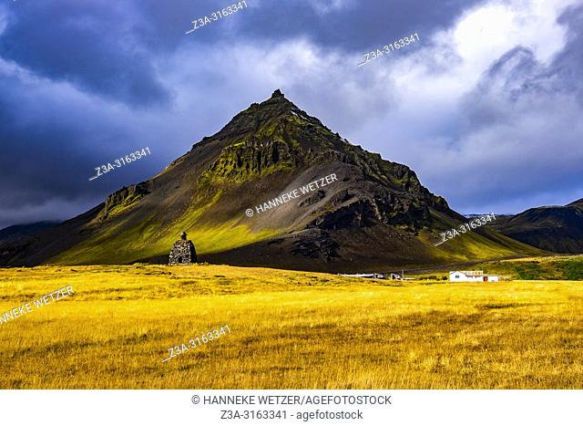 Mt. Stapafell with Bárður Snæfellsás with this pyramid-shaped mountain, Iceland