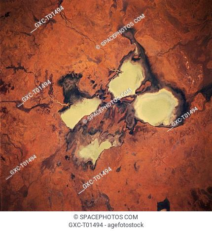 Four sizable, highly reflective surfaces are milky colored freshwater lakes that are located on the Barkly Tablelands. The surface inflow of fresh water is...