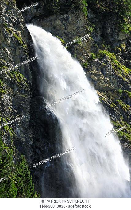 Stäubifall - 100 m, Alp Aesch, Uri, Schweiz