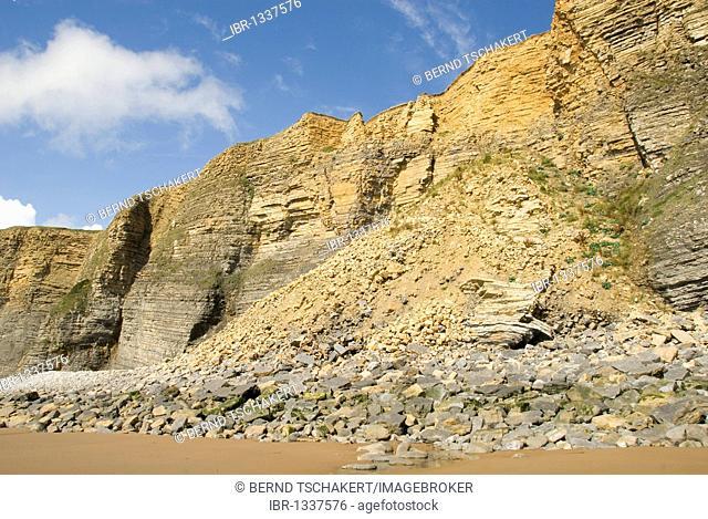 Rockfall, landslide, cliffs, coast, Nash Point, Glamorgan Heritage Coast, South Wales, Wales, United Kingdom, Europe