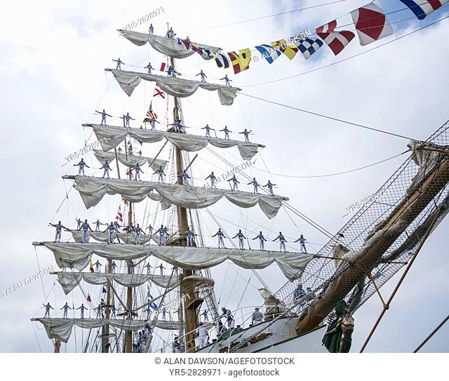 Las Palmas, Gran Canaria, Canary Islands, Spain, 12th August, 2016. Following a five day visit, Mexican navy tall ship Cuauhtemoc leaves Las Palmas to head for...