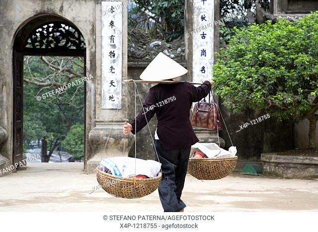 The Perfume Pagoda Chua Huong. Near the village Ben Duc 60 km south of Hanoi. Vietnam