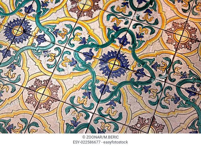 Meval Roman Tiles