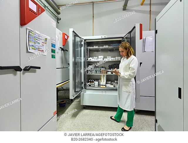Drug stability chamber. Pre-formulation, design and development of drugs and new pharmaceuticals. Certified with Good Laboratory Practices (GPL)
