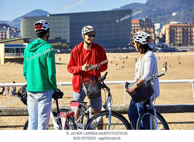 Group of tourists and guide making a bicycle tour through the city, Zurriola Beach and Kursaal, Gros, Donostia, San Sebastian, Gipuzkoa, Basque Country, Spain