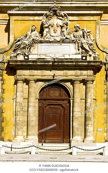 GATE OF OLD MILITARY HOSPITAL - TOULON - PROVENCE - FRANCE