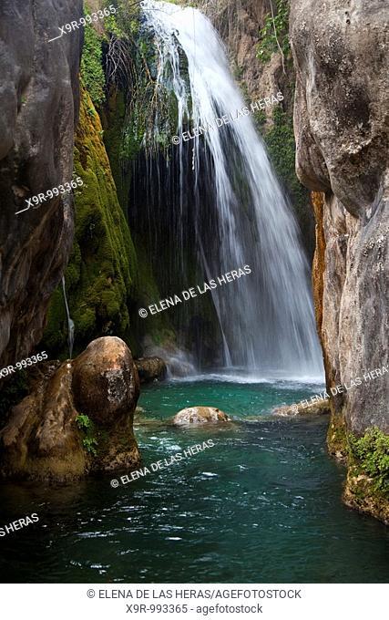 Water cascade. Fonts de l'Algar. Callosa d'en Sarria. Alicante. Spain