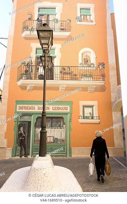 Germans Ramon i Vidales square, El Vendrell. Costa Dourada, Catalonia. Spain