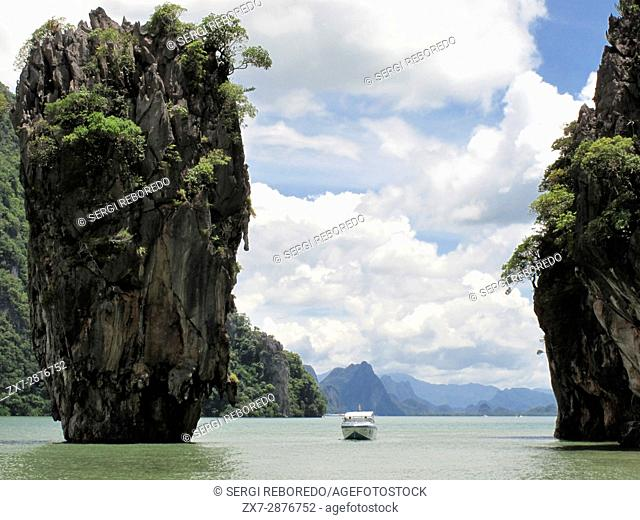 James Bond Island 007 (Koh Tapu) Phang Nga Bay Thailand. Khao Phing Kan. Khao Phing Kan consists of two forest-covered islands with steep shores