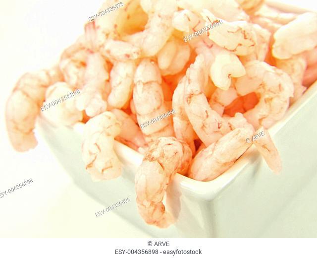 Peeled shrimps