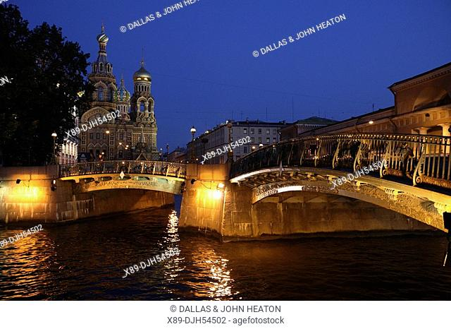 Russia, St Petersburg, Church of the Resurrection Church on Spilled Blood, Griboedov Canal, Theatre Bridge, Floodlit