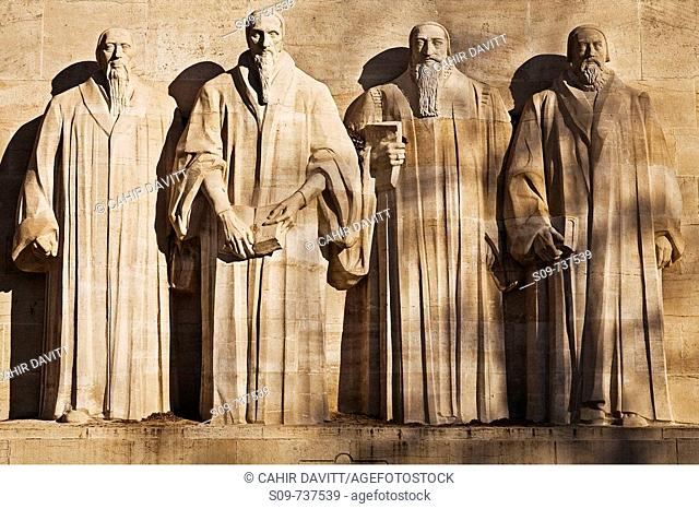 Detail from the Reformation Wall in Bastions Park showing Guillaume Farel, Jean Calvin, Theodore de Bèze and John Knox, Vieille-Ville, Genève, Geneva