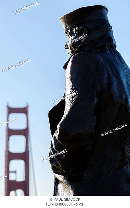 USA, California, San Francisco, Golden Gate Bridge, Merchant Seamen Memorial in sunlight