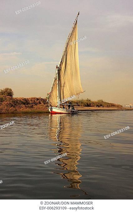 Felucca boats sailing on the Nile river, Luxor, Eg