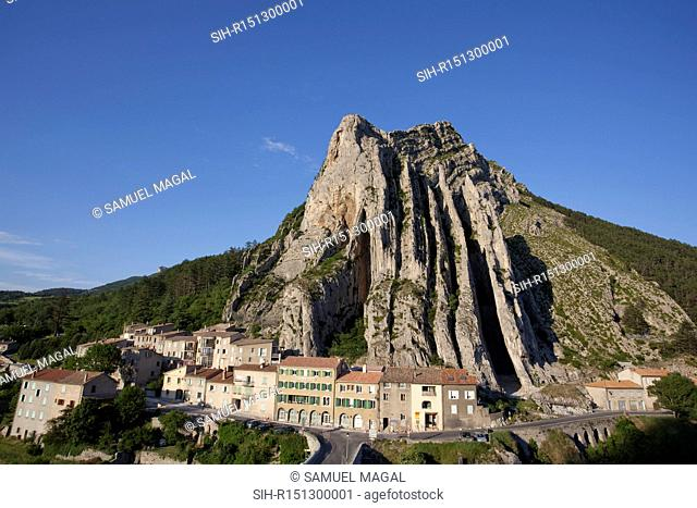 Sisteron is a commune on the banks of the Durance River, just after the confluences of the rivers Buech and Sasse. It lies in a narrow gap between two long...