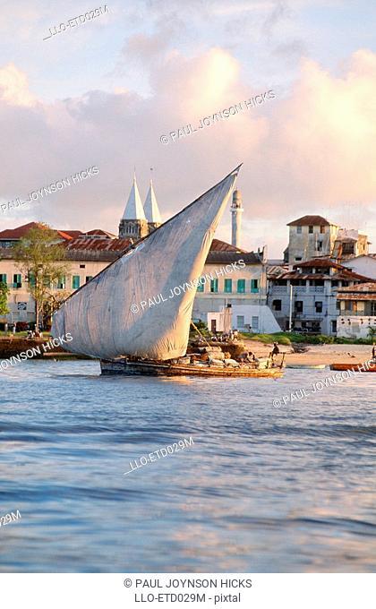 Heavily Laden Dhow  Stone Town, Zanzibar Island, Tanzania
