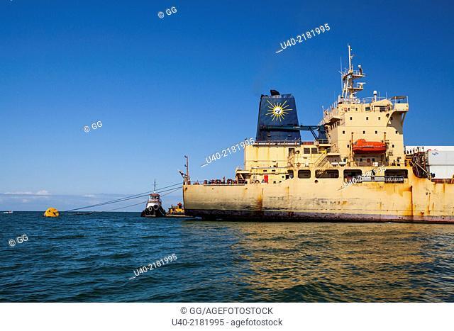 Guatemala, Puerto Barrios, frieghter ship