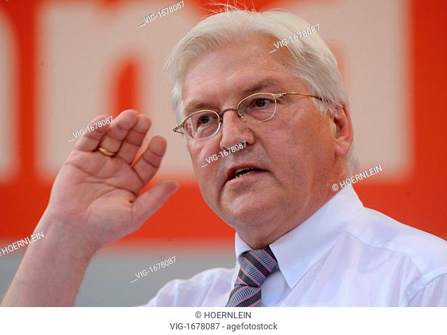 GERMANY, MAINZ, 08.09.2009,election campaign of social democratic party federal minister of foreign affairs and cancellor candidate Frank-Walter STEINMEIER -...