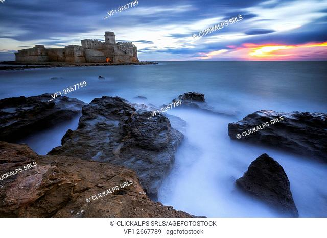 Le Castella, Isola Caporizzuto, Crotone, Calabria, Italy. The Aragon Castle in blue Hour