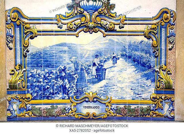 Tile Painting, Pinhao Railroad Station, Alto Douro Wine Valley, UNESCO World Hertiage Region, Portugal