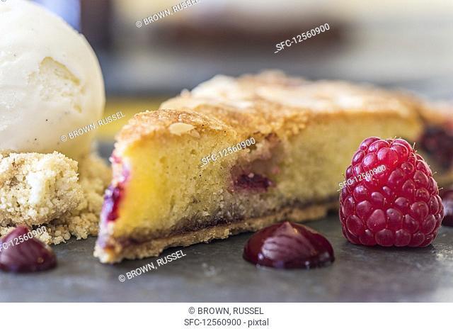 A slice of raspberry cake (close-up)