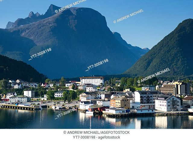 Šndalsnes is located at the mouth of the river Rauma, at the shores of the Romsdalsfjord, Norway