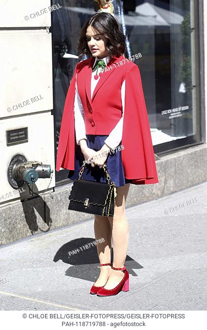 Lucy Hale shooting the TV movie 'Katy Keene' in front of the Bergdorf Goodman department store. New York, 26.03.2019 | usage worldwide