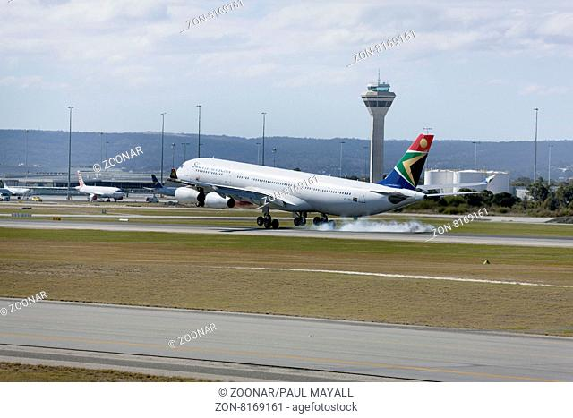 South African Airways Airbus A340-300 landing at Perth Airport, Western Australia